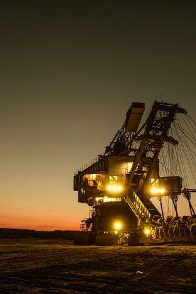 mining-excavator-1736293__480